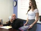 Jillian Janson convierte las reuniones en folladas