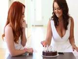 Celebro con mi hija su 18 cumpleaños, un día que no olvidará - Incesto
