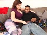 Sara Jay y su hija se follan a un buen rabo negro - XXX