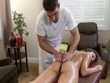 Remy Lacroix en un masaje con la polla de Toni Ribas - XXX