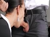 Anal y corrida amateur para su secretaria tan cachonda - Anal