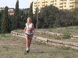 Se pone en forma haciendo running y follando bien duro - Rubias