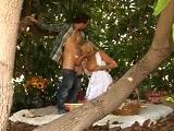 La tetona Kelly Madison se pone a follar en el bosque - Tetonas