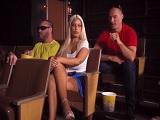 La española Bridgette B y Sean Lawless follando en el cine - Español
