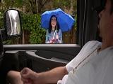 Recojo a una chica y la subo a la furgoneta para follar - Jovencitas