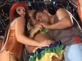 El carnaval de Brasil acaba en una buena orgía para todos - Orgias