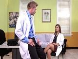 Enfermeros debaten y entre charla y charla... Follada! - Culos