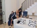 Keiran Lee follando con la nueva empleada del hogar - Morenas