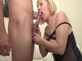 La vieja aun tiene mucho apetito sexual, mirad joder.. - Sexo Gratis