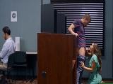 Sexo en la aula de votaciones, esto es de locos joder! - HD